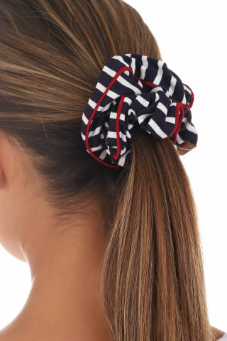 HAIR ELASTIC WITH A PIPING